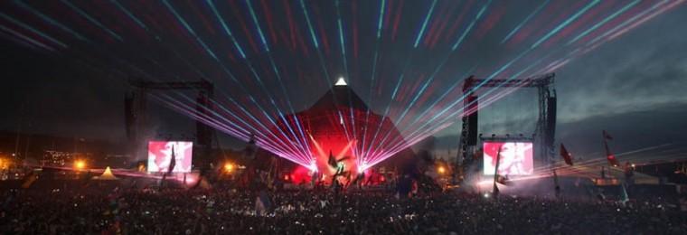 coldplay-at-pyramid-main-stage-glastonbury-2011